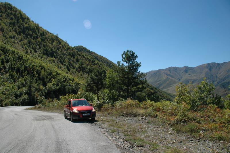 Met de Sunny Cars huurauto in Albanië