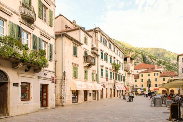 Montenegro huurauto stadje