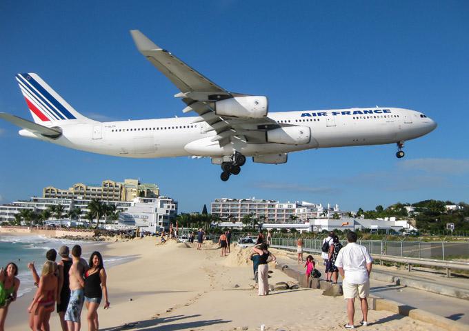sint maarten schade door vliegtuig