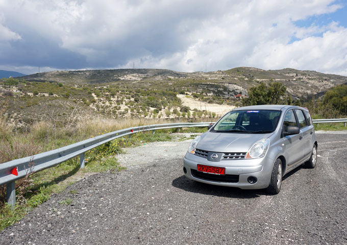 cyprus griekenland bergweg huurauto