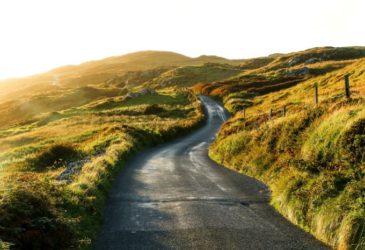 """""""Cabhrú!"""" Wat je moet weten over tol als je in Ierland een auto huurt."""