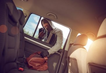 Persoonlijke eigendommen in de auto achtergelaten?