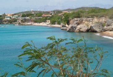 Prachtig uitzicht en Antilliaanse gastvrijheid