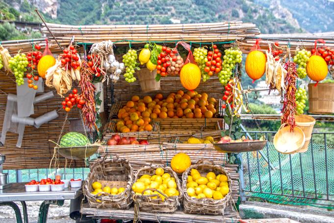 Lokaal marktje met fruit