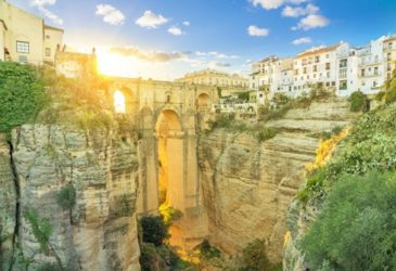Andalusië verken je het beste met een huurauto