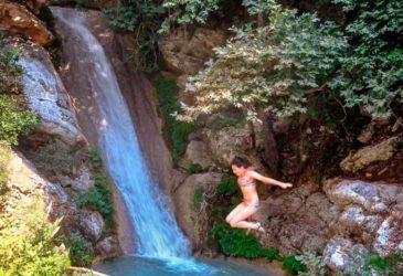Op zoek naar de watervallen van Neda