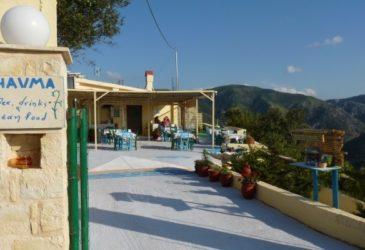 Zonsondergang en citroencake op Kreta