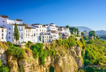 Reisinspiratie Spanje: Roadtrippen, tapas eten en schitterende natuur