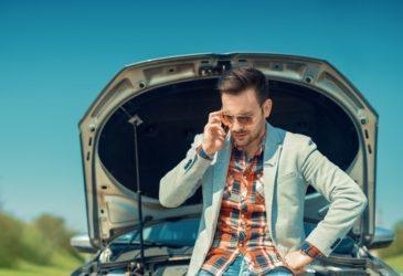 Waarom je direct moet stoppen met rijden als je huurauto raar doet