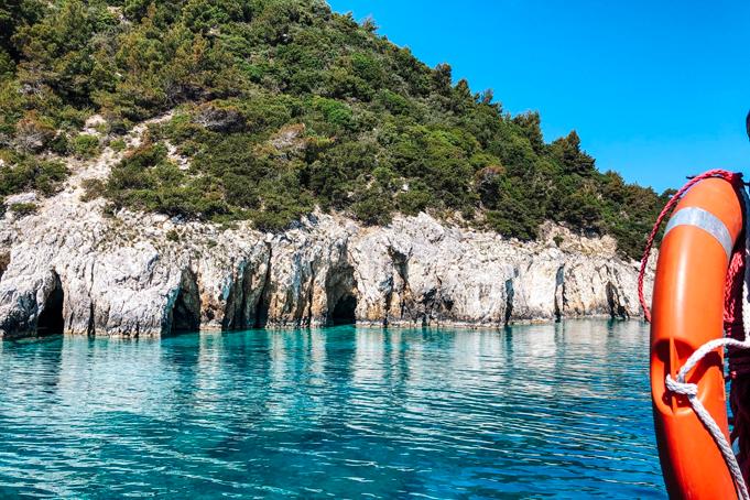 Blauw water op Zakynthos