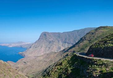 Met deze 5 slimme autohuurtips voorkom je 'gedoe' op de Canarische eilanden