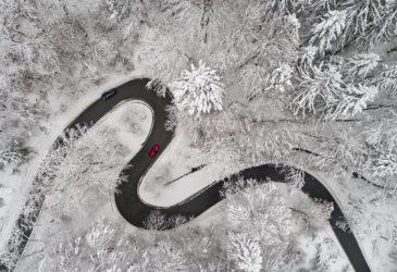 Op wintersport? Maak het jezelf makkelijk met een huurauto