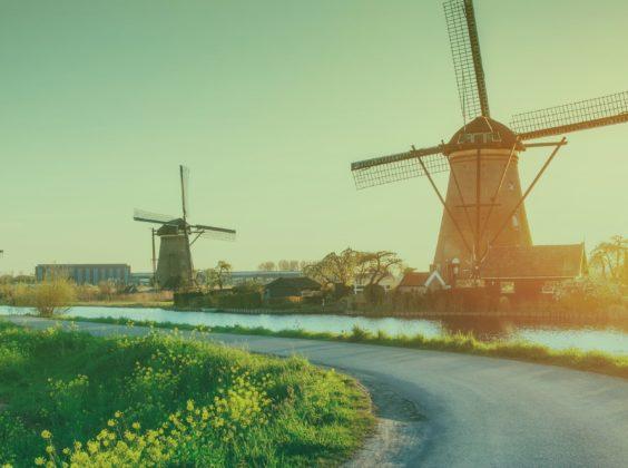 Een auto hurenin Nederland. Nét zo zonnig!