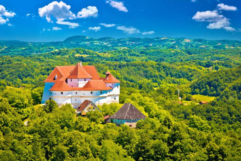 idyllic-green-landscape-of-zagorje-region-with-veliki-tabor-castle-northern-croatia