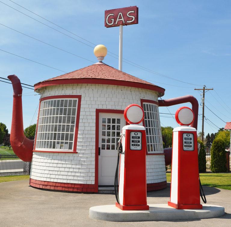 teapot-gas-station-washington
