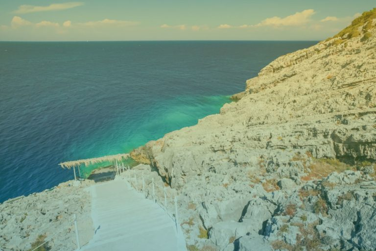 zakynthos-porto-roxa-beach-3